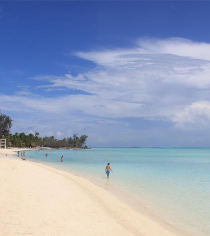 Strand in Bora,Bora (Französisch Polynesien) beim Chez Nono Guesthouse